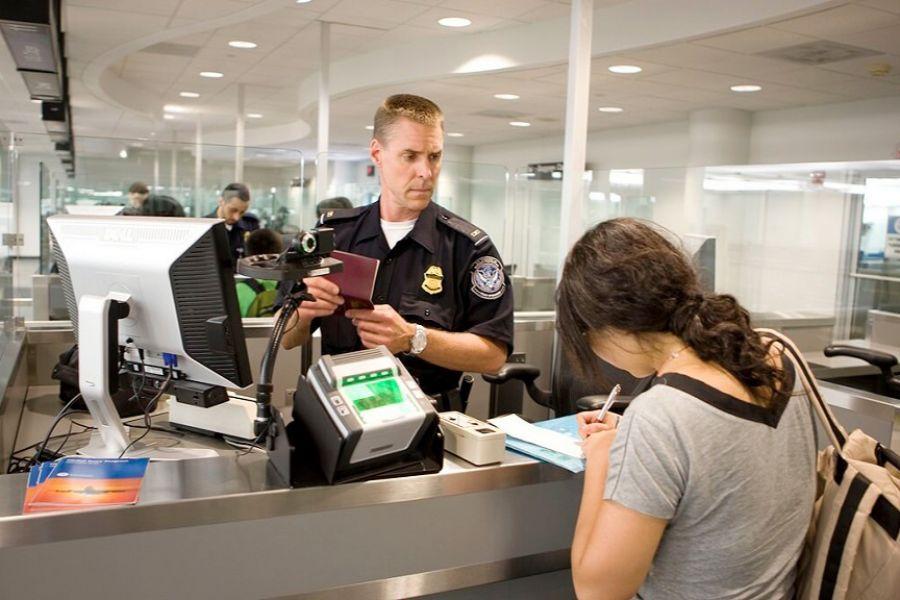 Giấy tờ khi nhập cảnh tại Mỹ đối với năm 2018
